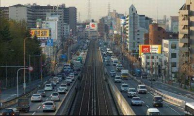 対向車線の写真